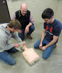 "Northeast ag class teaches ""safety is everybody's job"""