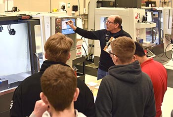 Northeast manufacturing program receives $10,000 grant