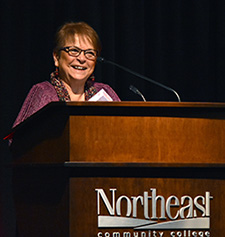 Lauritzen earns distinguished service award from Northeast